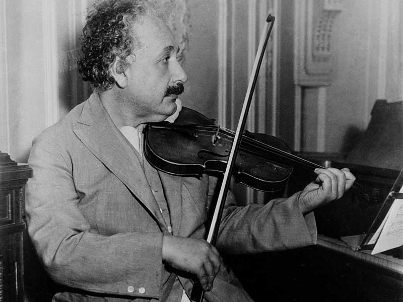 Picture dated 1931 of German-born Swiss-US physicist Albert Einstein (1879-1955), author of Theory of Relativity, awarded the Nobel Prize for Physics in 1921, playing the violin. Photo: AFP