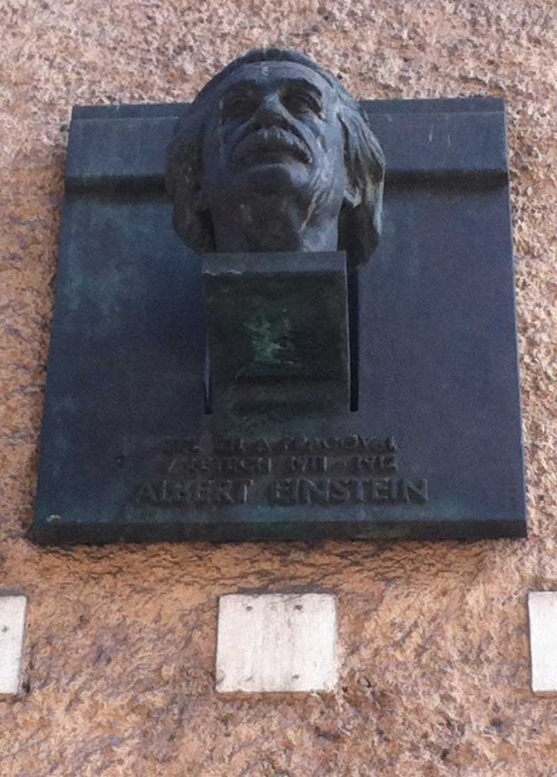 Plaque at Einstein's home.